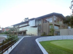 川崎国際生田緑地ゴルフ場クラブハウス_外観